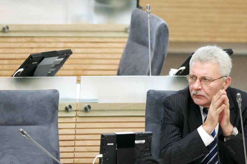 A.Salamakinas: būtina priimti įstatymą dėl parlamentarų privilegijų