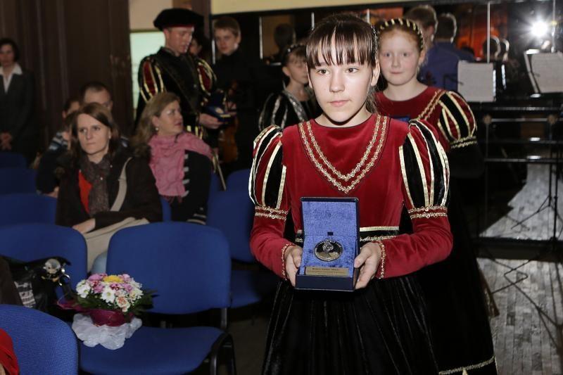 Klaipėdos švietimo pažiboms – nauji apdovanojimai