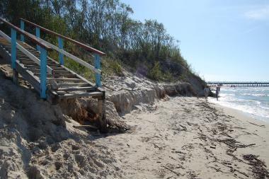 Palangos paplūdimys nyksta toliau