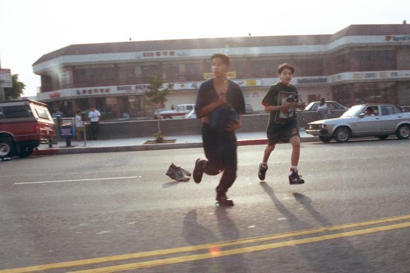 Los Andželas riaušių metines mini ragindamas laikytis vienybės