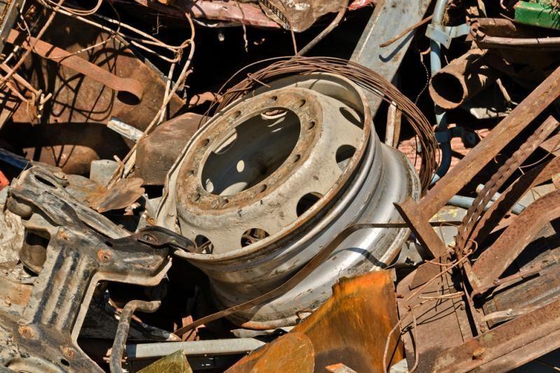 Pavogtą automobilį policija surado metalo supirktuvėje