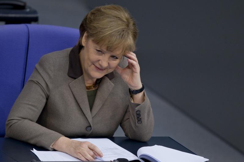 A. Merkel ir ES žada imtis veiksmų dėl jaunimo nedarbo
