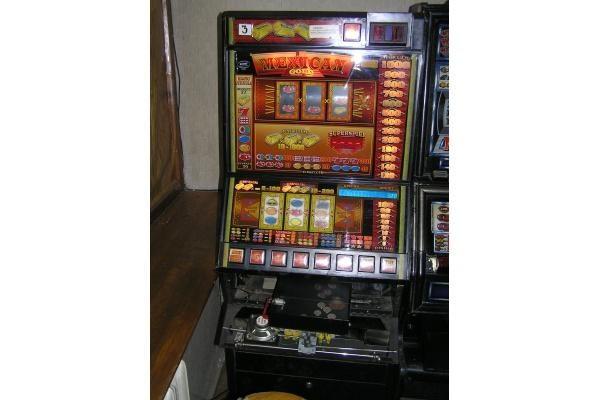 Palangoje aptikti nelegalūs lošimo namai