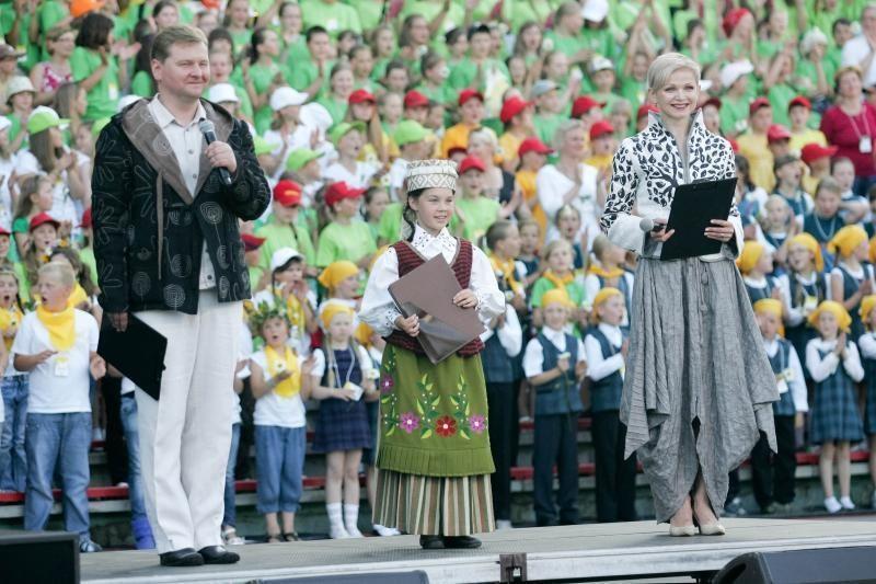 Šimtų moksleivių lūpose suskambo  lietuviškos dainos