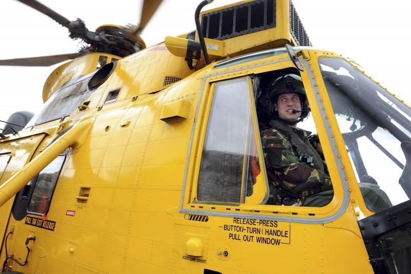 Princui Williamui suteikta sraigtasparnio kapitono kvalifikacija