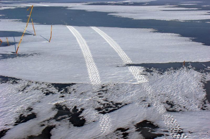 Ant Kuršių marių ledo pasiklydo žmogus (papildyta)