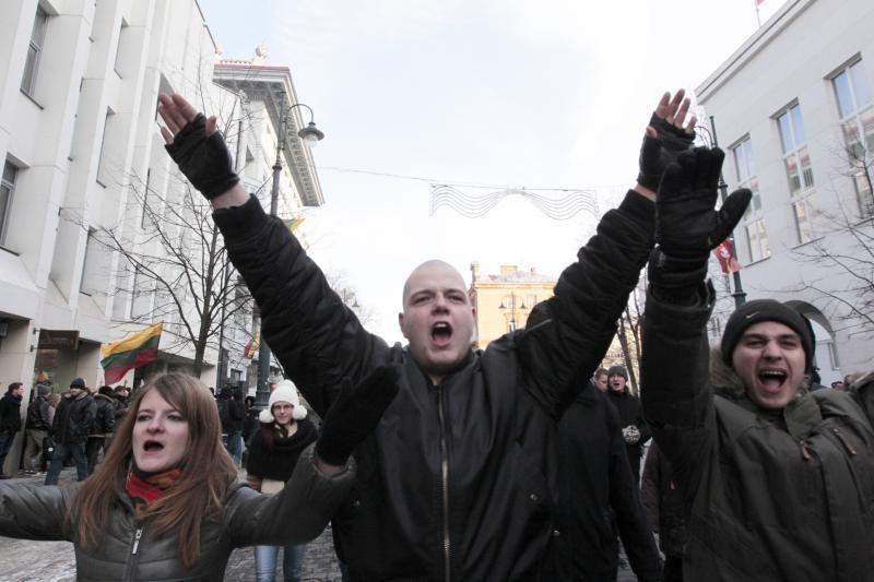 Uždraustoje eisenoje Vilniuje - tūkstančiai nacionalistų