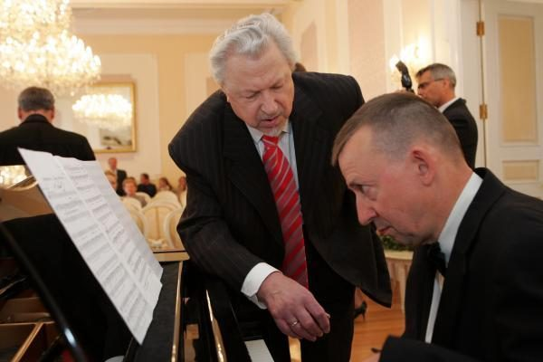 Rusijos ordinai įteikti dviem lietuvių menininkams