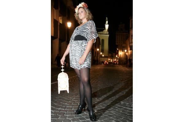 Gintarinių suknelių varžybos: Vilnius vejasi Kauną