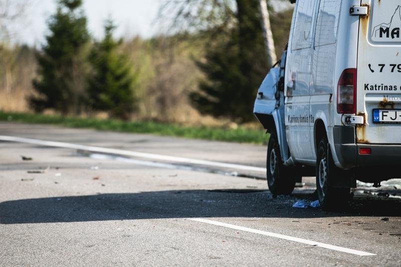 Kauno rajone per avariją žuvo vairuotojas iš Latvijos