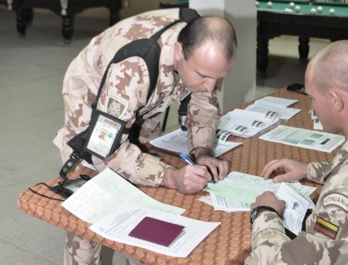 Afganistane tarnaujantys Lietuvos kariai jau balsavo Seimo rinkimuose