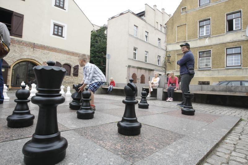Klaipėdos senamiestis kviečia pažaisti šachmatais