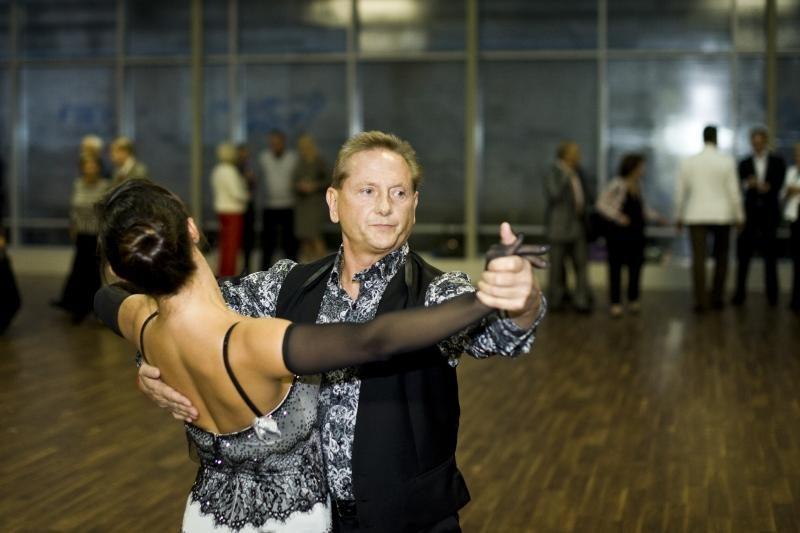 E.Daniūtės šokių mokyklos atidaryme – pulkas žinomų žmonių