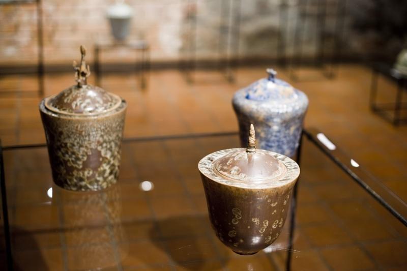 Kaip brokas virto menu, arba dvi Keramikos muziejaus parodos