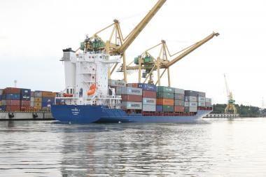 Klaipėdos uostas šiemet pirmauja pagal konteinerių krovą