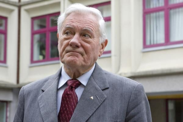 Buvęs V.Adamkaus patarėjas ketina dalyvauti Seimo rinkimuose