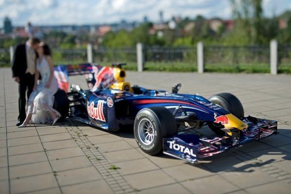 """""""Formulės 1"""" bolidas – jau sostinėje"""