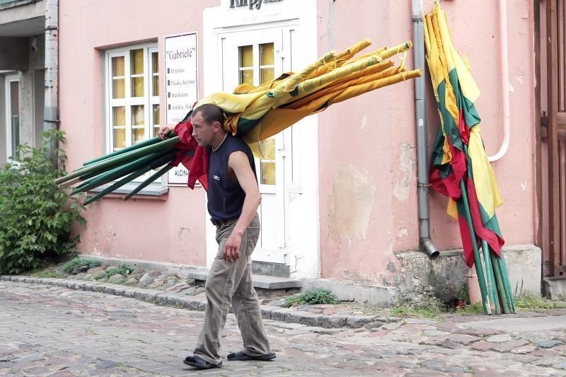 Piktybiškai vėliavų neiškėlę klaipėdiečiai sulauks sankcijų