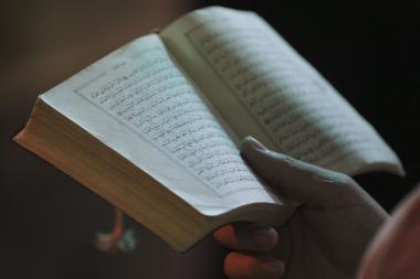 Prancūzijos policija dėl Korano išniekinimo apklausė vyrą
