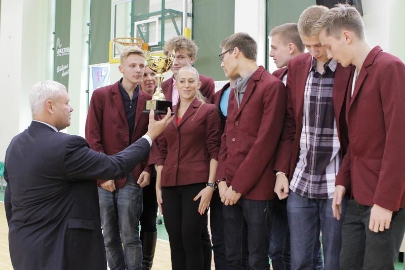 Klaipėdos moksleivių žaidynių nugalėtojams – mero taurės