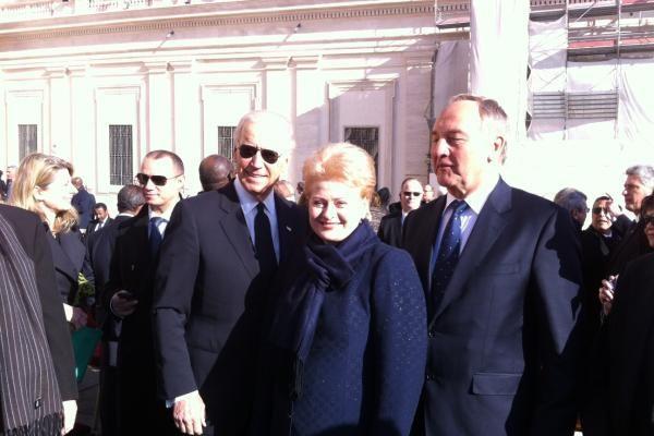 Prezidentė: iš popiežiaus tikimasi didesnio dėmesio paprastam žmogui
