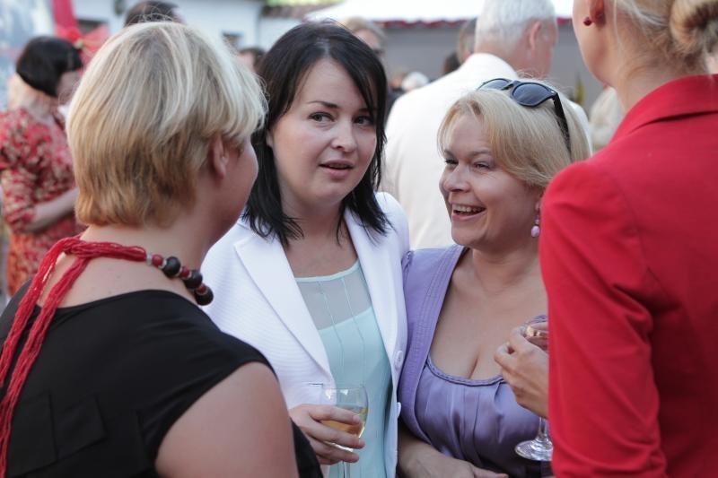 Iškilmingame Klaipėdos mero pokylyje – kepti paršeliai