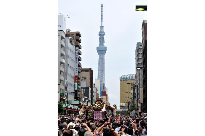 Tokijuje atidarytas aukščiausias pasaulyje bokštas