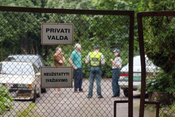Vilniuje namo rūsyje rastas sprogmuo (papildyta)