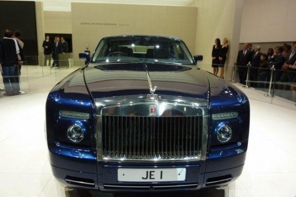 """""""Rolls-Royce"""" gali džiaugtis rekordiniais pardavimais"""