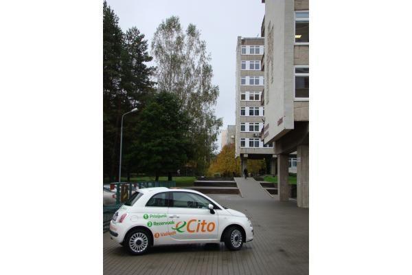 """""""eCito"""" dalijimosi automobiliu paslauga - ir studentams"""