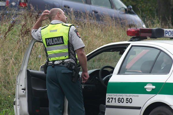Šakių rajone rastas sužalotas jauno vyro kūnas