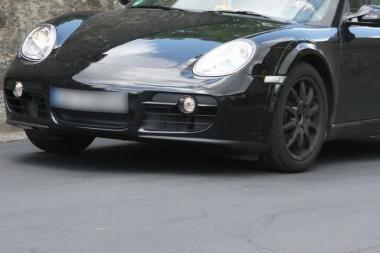 """Užfiksuotas naujasis """"Porsche Cayman"""""""