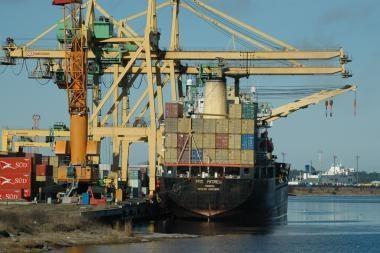 """""""Klaipėdos konteinerių terminalas"""" kreipėsi į Konkurencijos tarybą"""