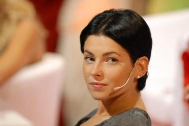 E.Bžeskas jau 8 metus nesugeba įsitempti A.Jagelavičiūtės į lovą