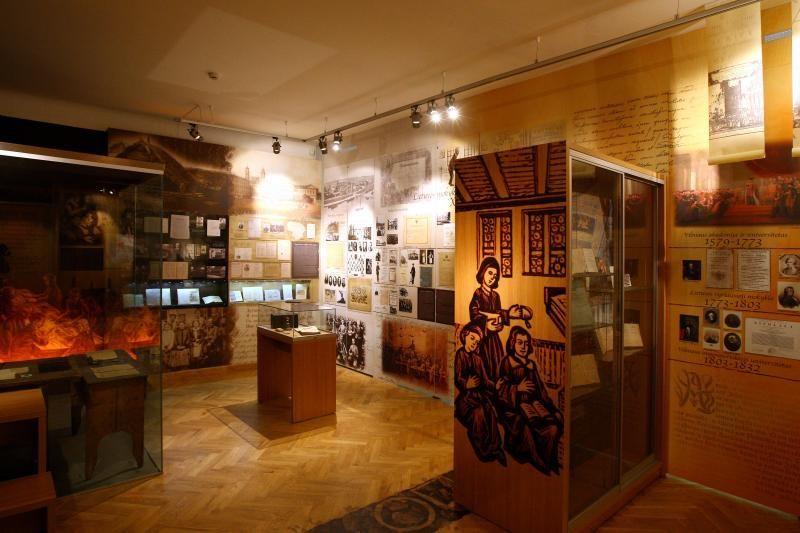Muziejaus lankytojus nupurto prisiminimai apie pionierišką uniformą