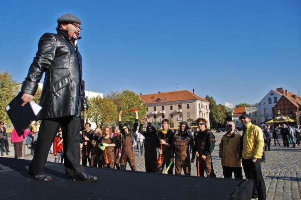 Rugsėjo 11-oji Klaipėdoje – su 5 metrų Frank' Einstainu