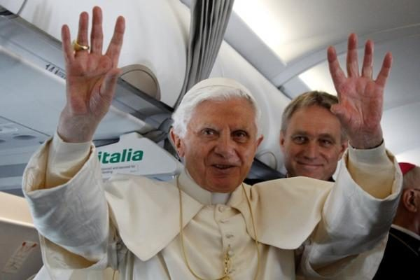 Vatikano vertėjai popiežiaus pasisakyme supainiojo prostitučių lytis