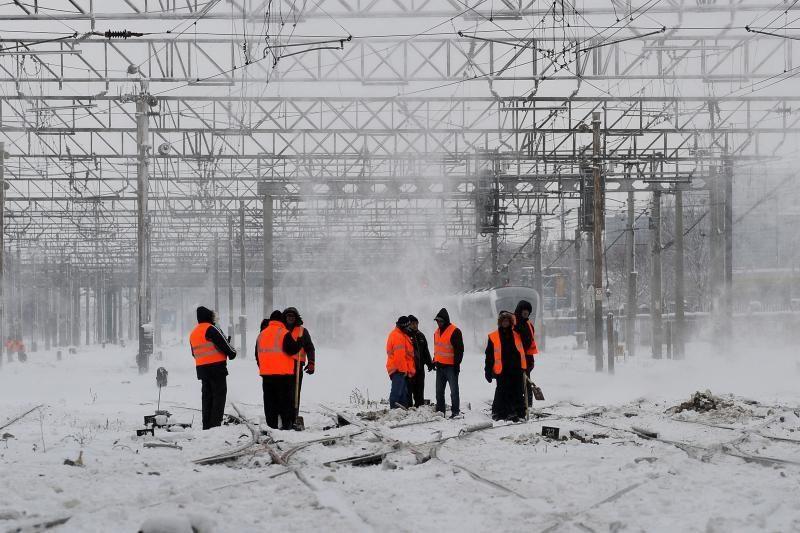 Smarkios pūgos paralyžiavo Rytų Europą