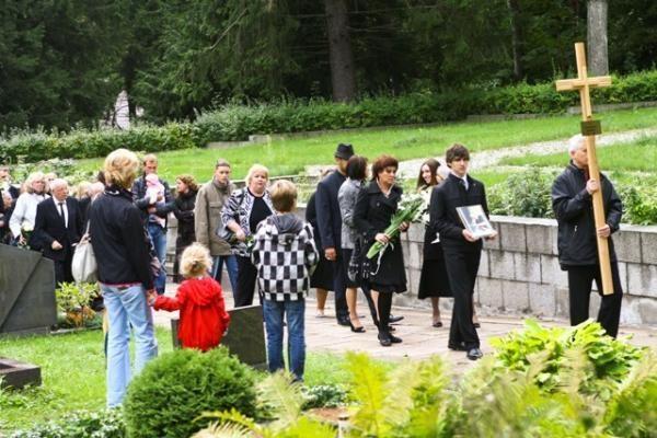 Sostinės Antakalnio kapinėse palaidotas kompozitorius G.Abarius