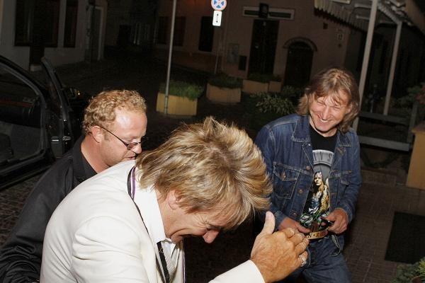 Rodas Stewartas atvyko į Lietuvą