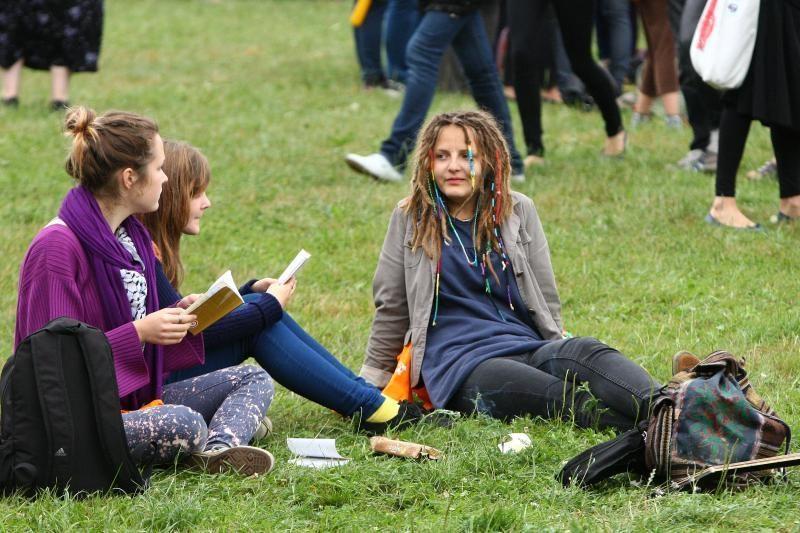 Tyrimas atskleidė: Lietuvos jaunimas - politiškas, bet vangus