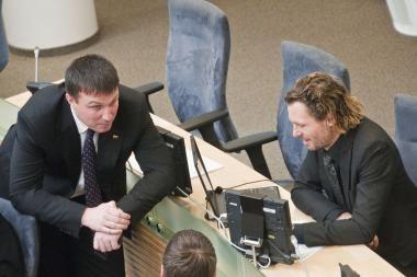 Seimo konservatoriai pasiryžę siekti atviro balsavimo dėl apkaltų