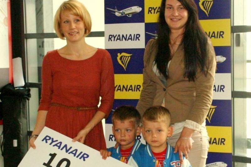 """Kauno oro uoste – 10 milijonasis """"Ryanair"""" keleivis Baltijos šalyse"""