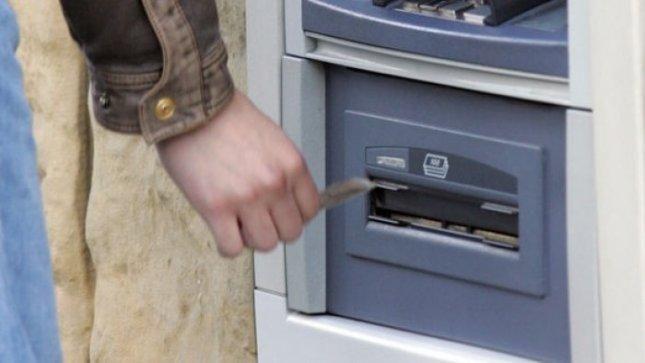 Vilniuje sulaikyti netikrų mokėjimo kortelių turėję vyrai