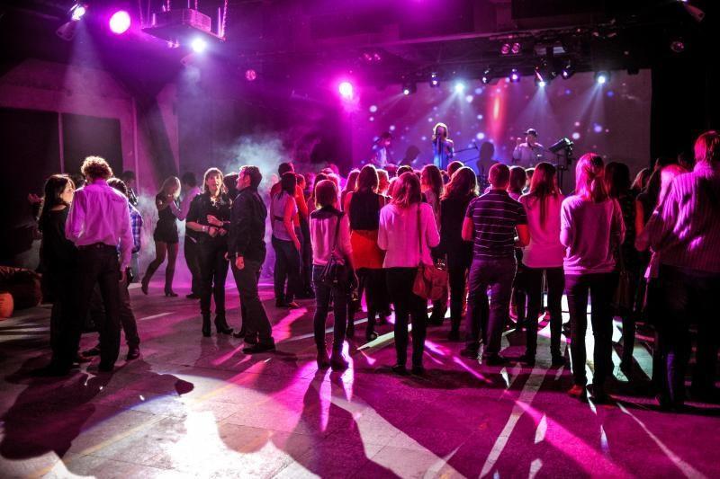 """Labdaringas koncertas """"Penktos kojos"""" biudžetą papildė 2200 litų"""