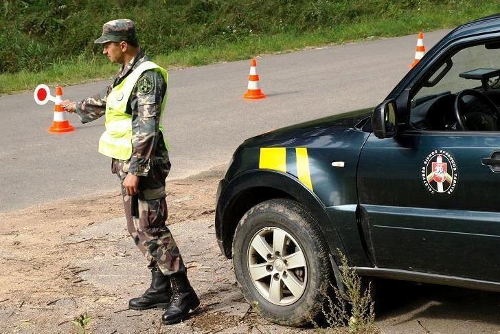 Pavojaus varpai: Lietuvos pasieniečiai liepą grasina protestuoti