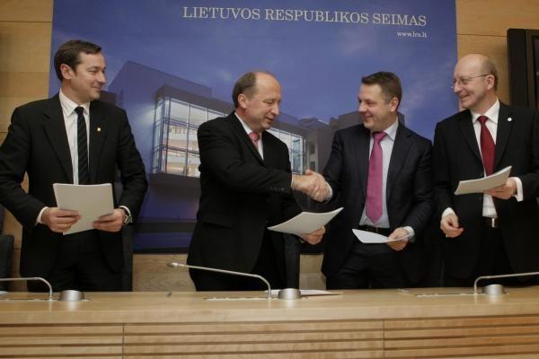 Permainų koalicijai duotas oficialus startas