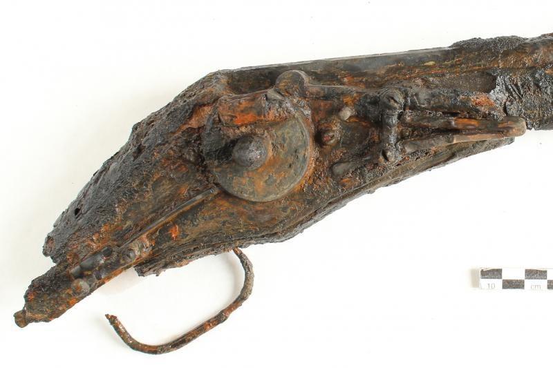 Nacionalinam muziejui perduoti XVI-XVII a. radiniai iš ežero dugno