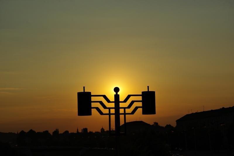 Keturiolika Lietuvos miestų ir miestelių valandai išjungs šviesas