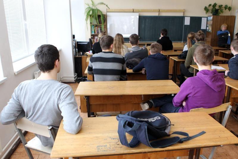 Panevėžio mokyklos uždarymui priešinasi ir pedagogai, ir tėvai